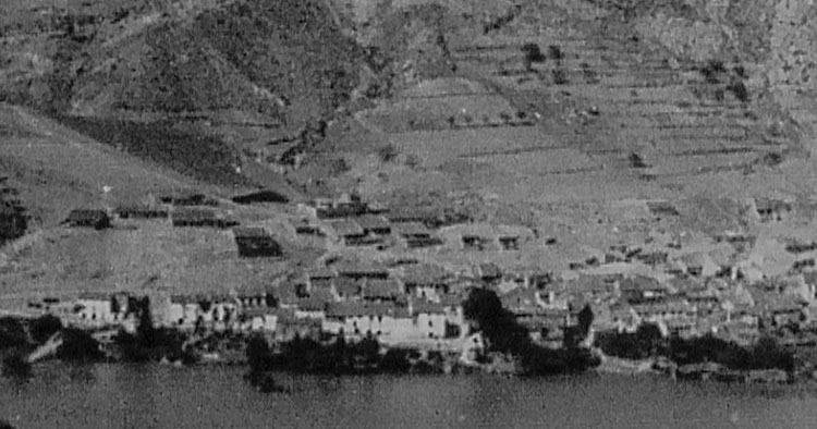 Town of Banagéber before the eviction
